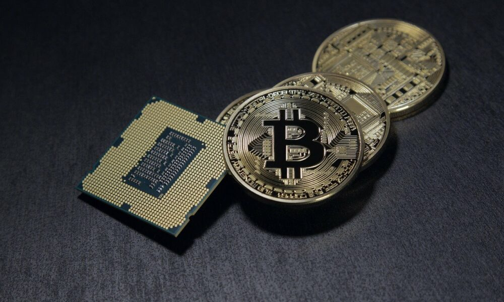 """BlackRock CEO: """"There is a huge role for a digitized currency, whether it's a Bitcoin..."""""""